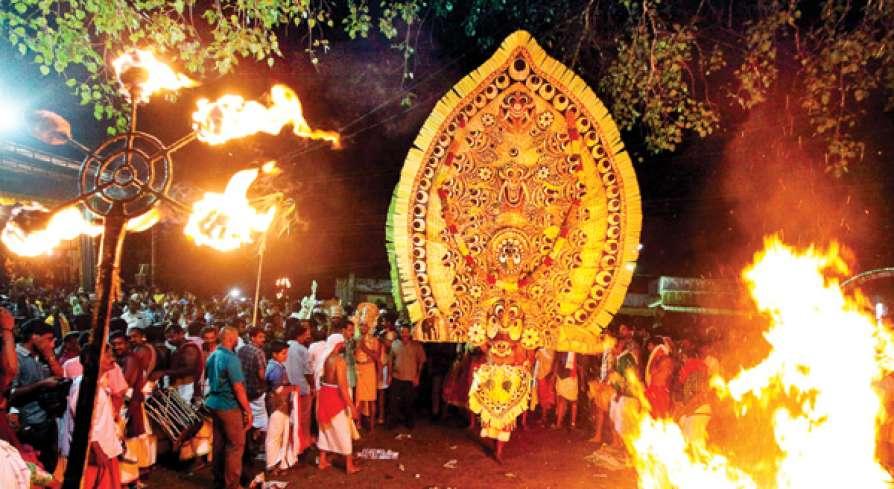 മധ്യതിരുവിതാംകൂറിലെ പടയണി കോലങ്ങൾ